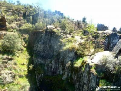 Cascadas del Aljibe - Arquitectura Negra;tornavacas amigos de madrid todos los santos lagunas de vil